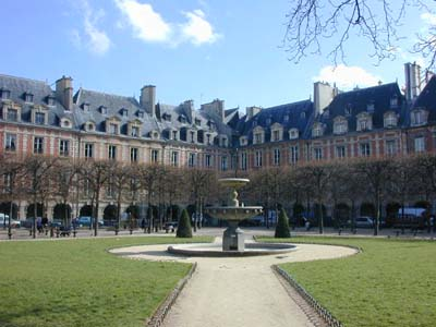 Paris Hotel De Sully